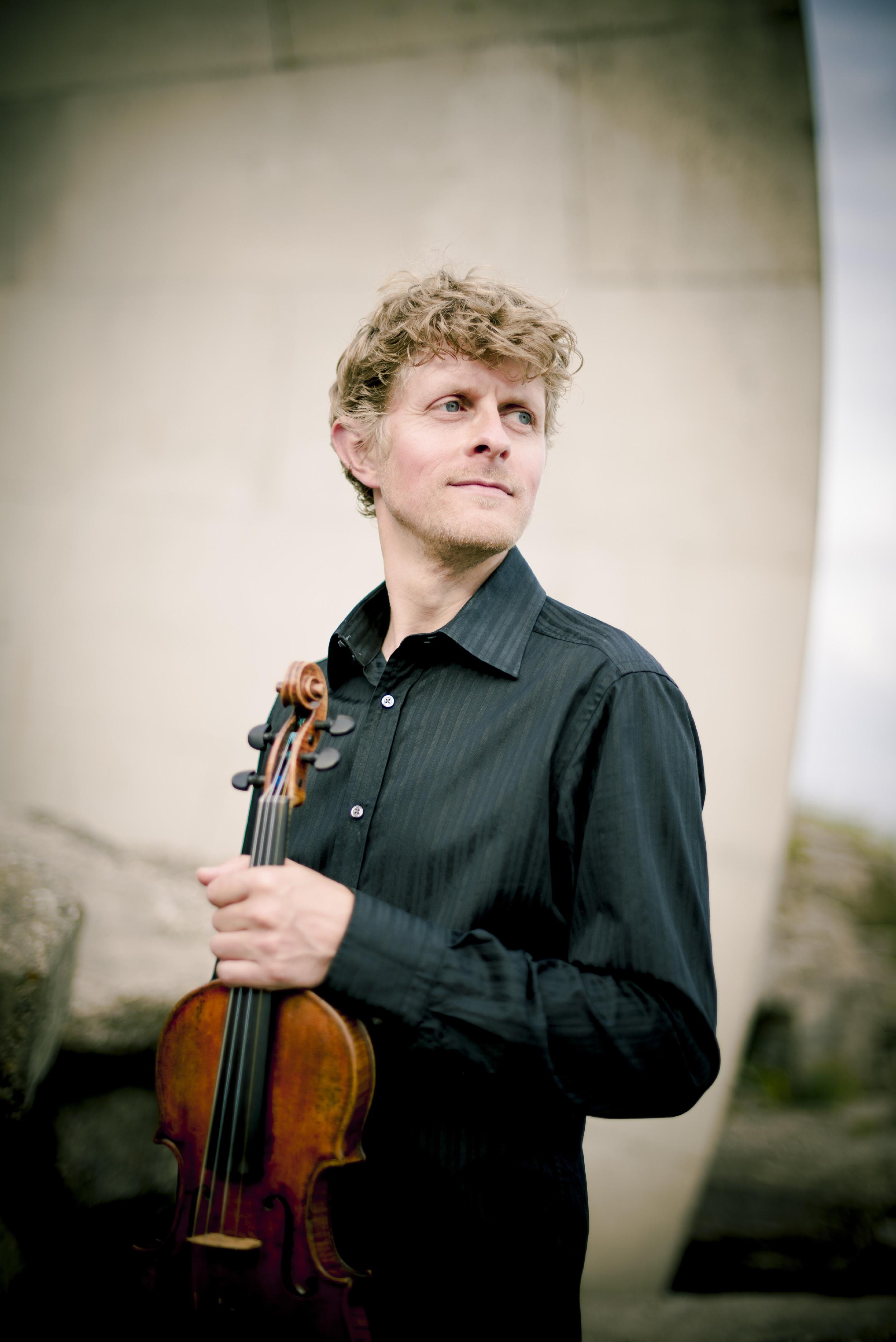 Gypsy Jazz Strings - Workshop by Tim Kiliphuis