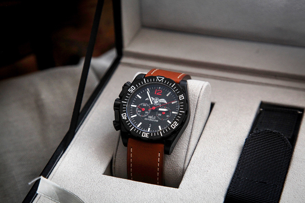 Bruce Aeris Chronograph (ROW) - Bruce Aeris Watches